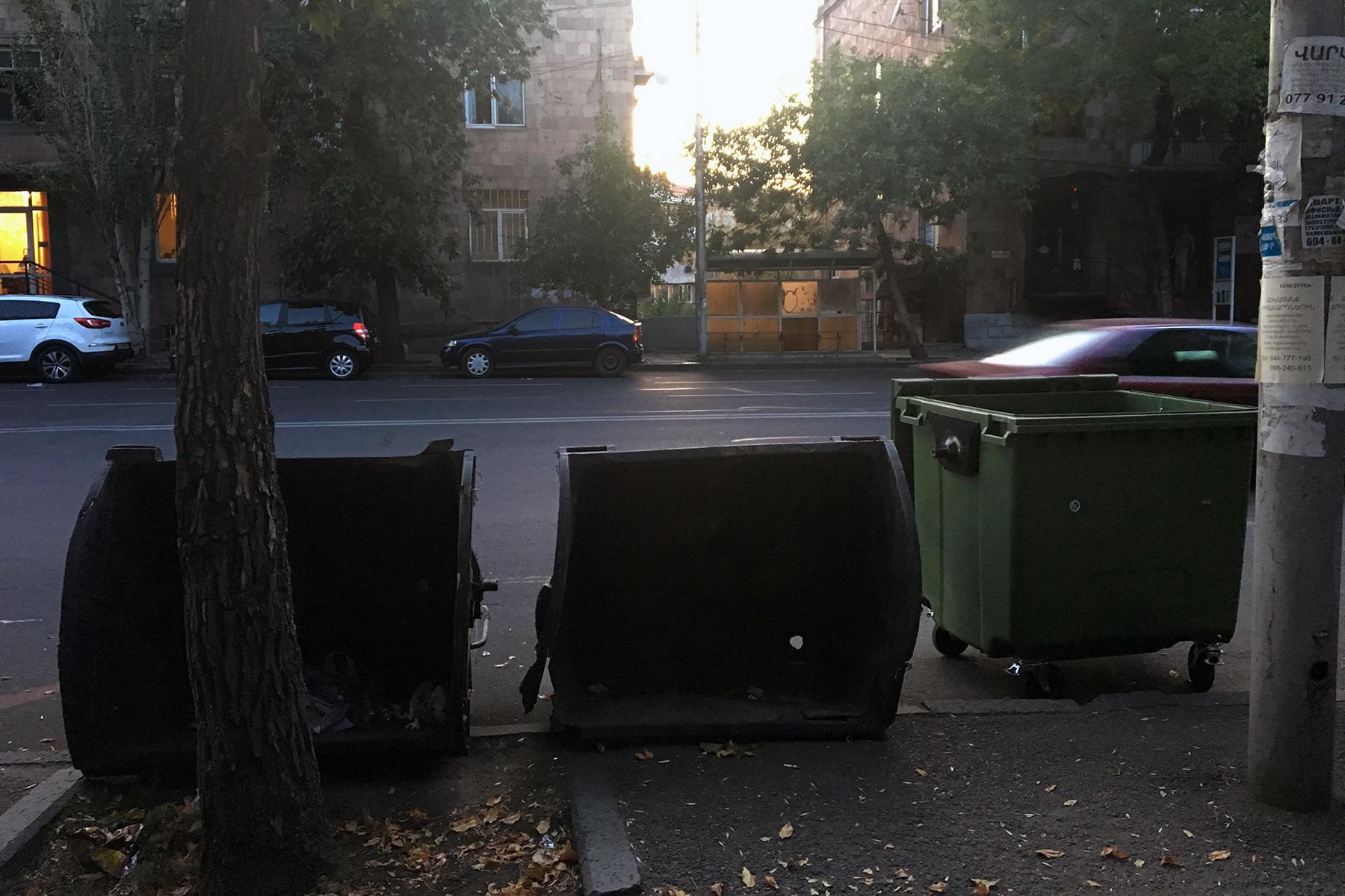 Yerevan bins