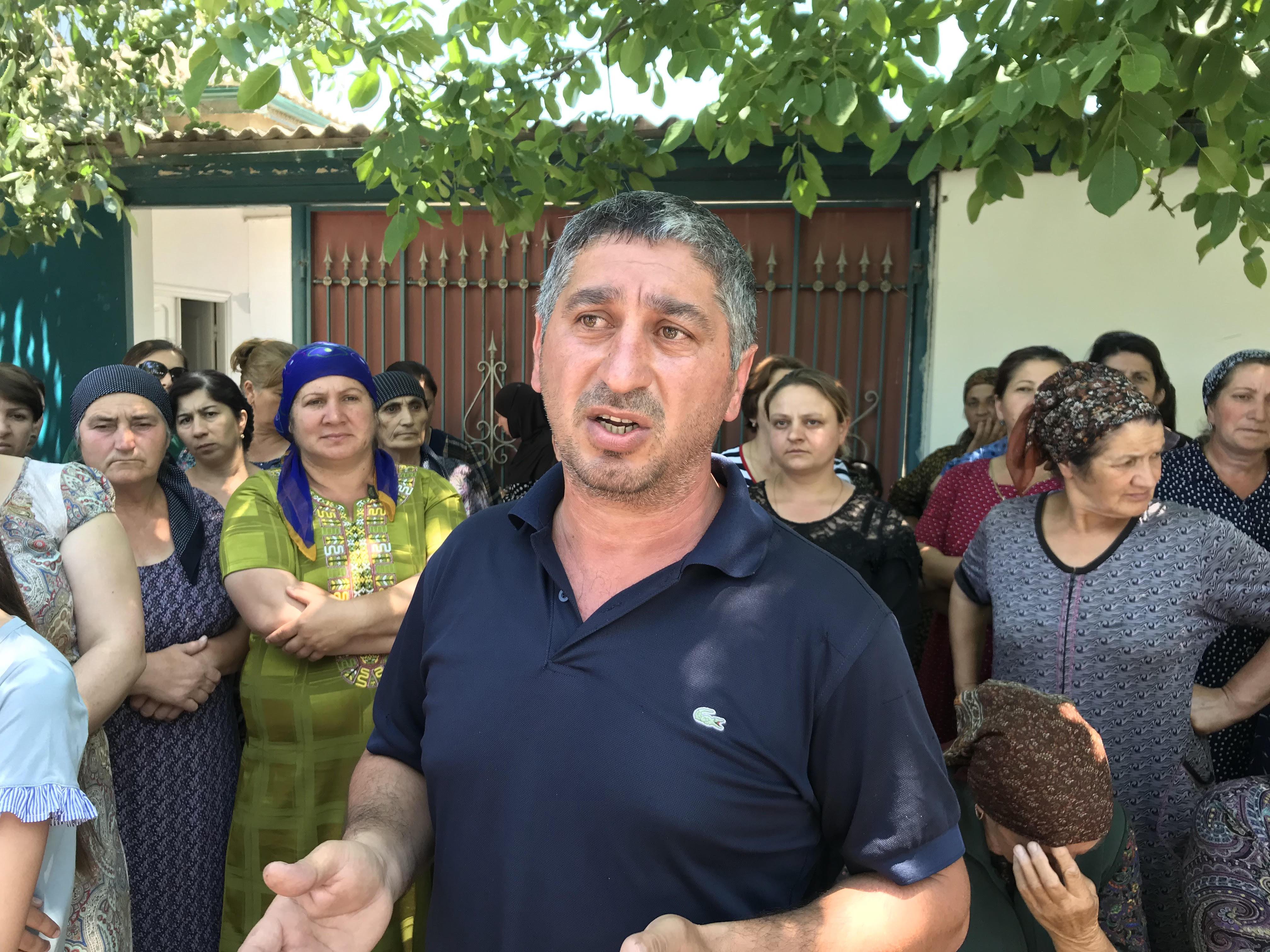 Жители села Филя Магарамкентского района на протестной акции в 2017 году