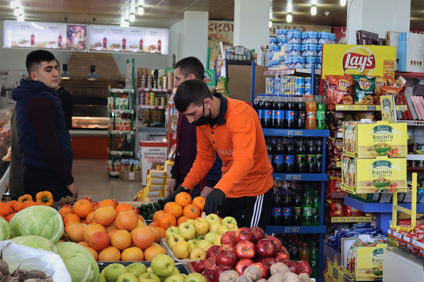 A supermarket in Gyumri. Photo: Anahit Harutyunyan/OC Media.