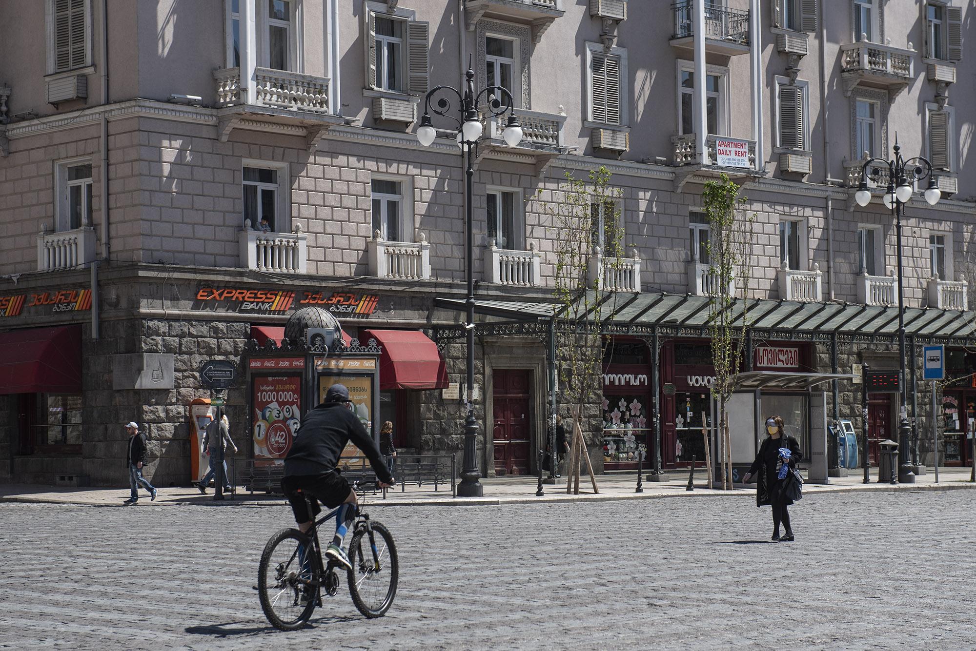 People on Marjanishvili Square. Photo: Mariam Nikuradze/OC Media