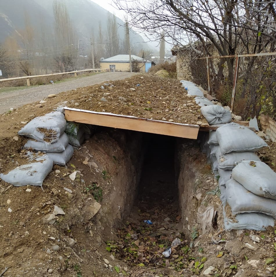 Trench used as a shelter by the temporarily displaced, Barda. Photo: Sanubar Heydarova.