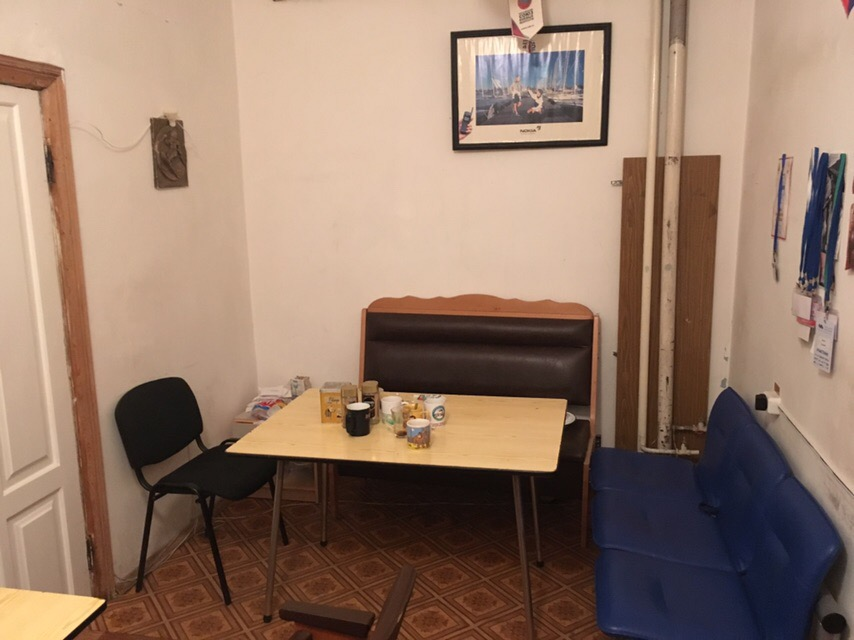 Office space for camera operators (Magomed Teppeyev)