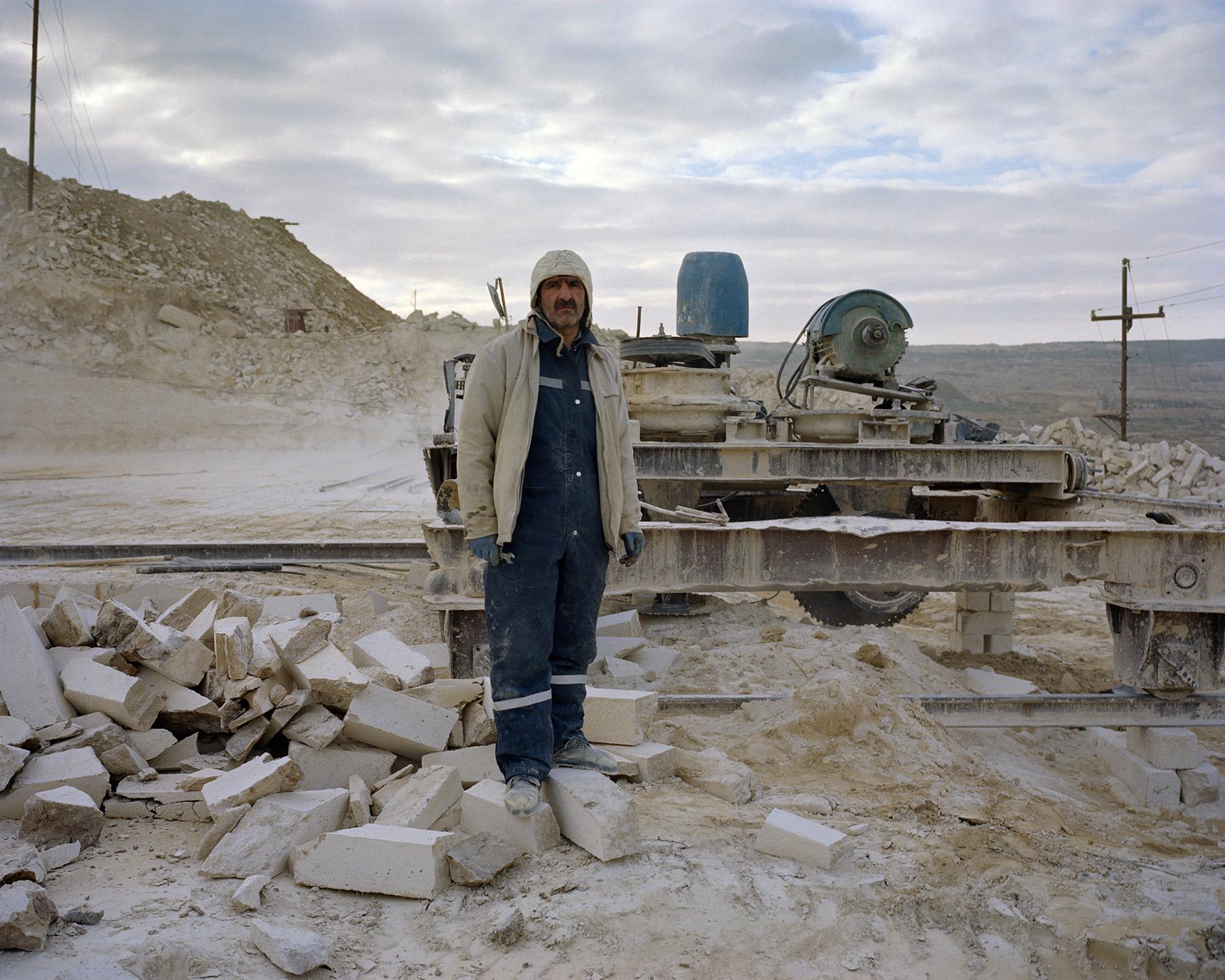 2017 год: В Карадагском карьере добывается большая часть камня, использованного при реконструкции Баку.